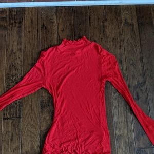Tops - Red Ribbed Tight Turtleneck